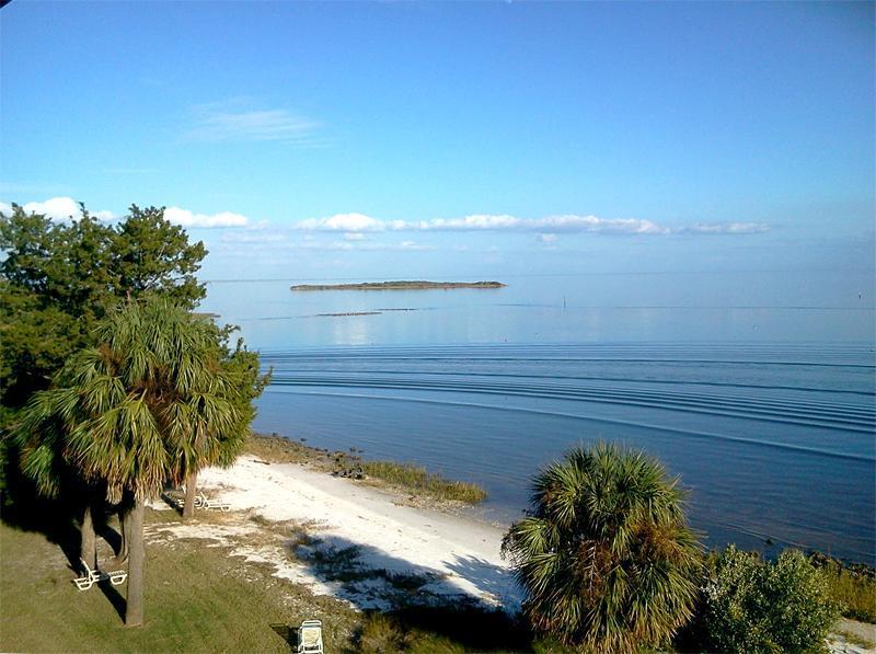 View from balcony to north east - Margarita Villa Rental - Sleeps 8 & Oceanfront! - Cedar Key - rentals
