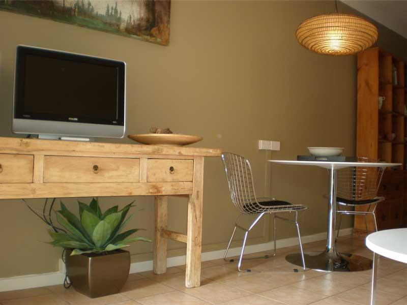 Lounge & TV Area - Port Douglas on Macrossan - Nautical Contemporary - Port Douglas - rentals