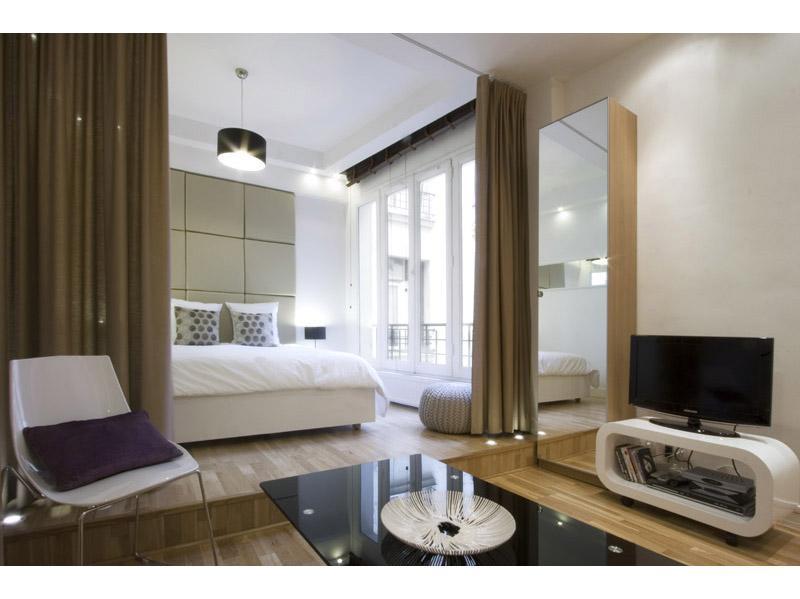 Apartments-4u_Romantic Hideaway in Paris 02 - Image 1 - Paris - rentals