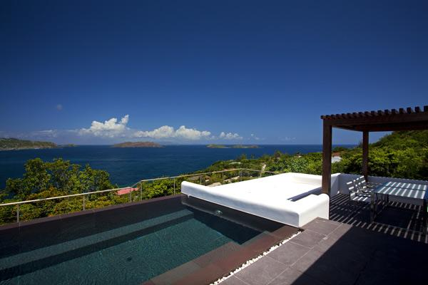 Splendid views over the surrounding islands, ocean, and sunset WV KHA - Image 1 - Pointe Milou - rentals