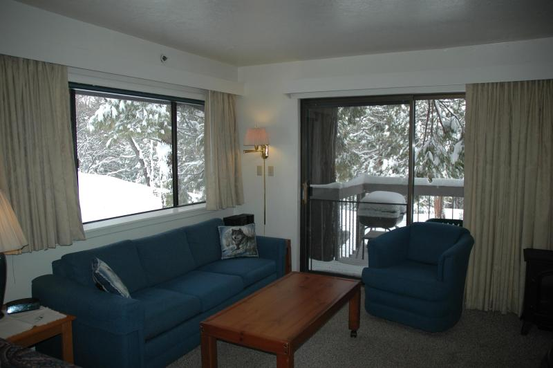Corner unit includes window and patio door - Yosemite Cozy Corner Condo is Comfy, Economical - Yosemite National Park - rentals