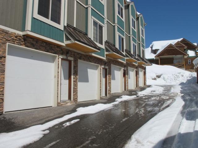 Idyllic House with 2 BR, 2 BA in Big White (#25 - 5015 Snowbird Way WHTAIL25) - Image 1 - Big White - rentals