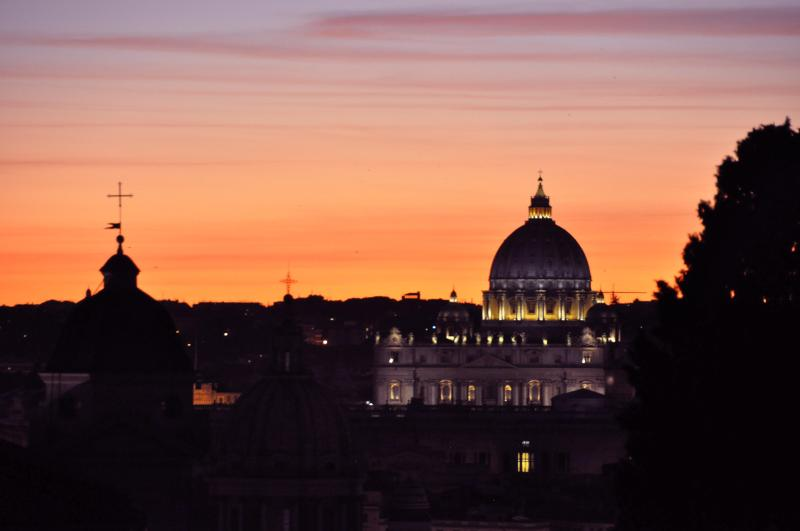 Sunset from the terrace - Honeymoon Penthouse - Rome - rentals