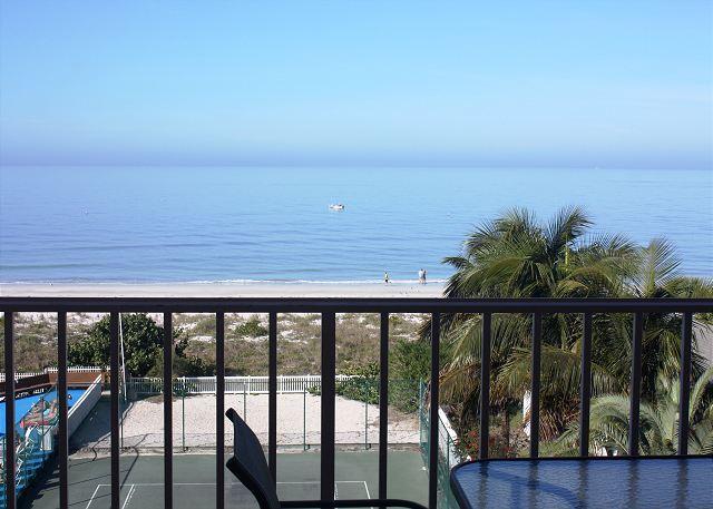 Reef Club Condominium 410 - Image 1 - Indian Rocks Beach - rentals