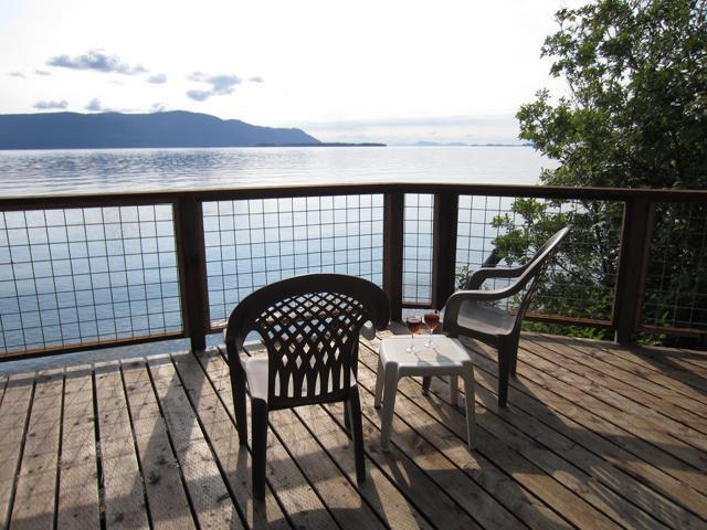Second deck on beach level - Lummi Island Beach Home for Family Get-togethers - Lummi Island - rentals