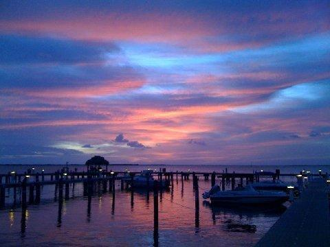 Beautiful Sunset from Moon Bay - Key Largo Vacation Condo with Fantastic Bay View - Key Largo - rentals