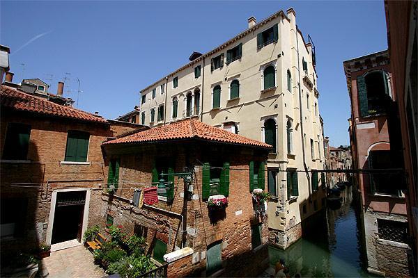 View - Canova - Venice - rentals