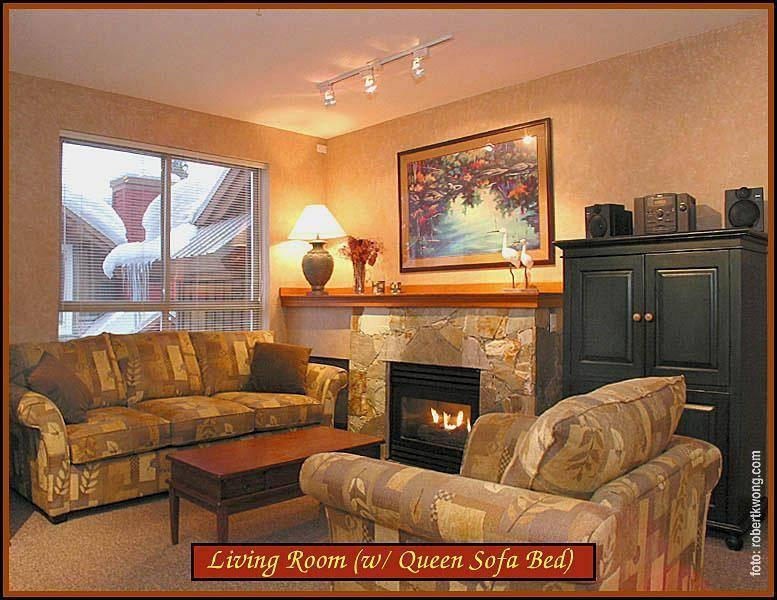 Living room with gas fireplace, 46