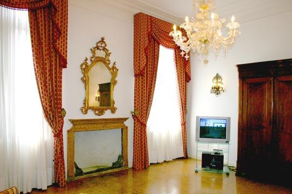 Moretta Apartment - Image 1 - Venice - rentals