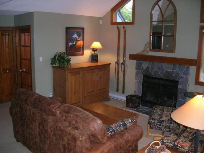 Relax in the comfortable living room - John and Susan Simpson - Whistler - rentals