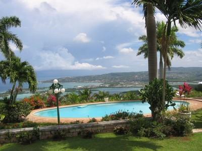 - Drambuie - Montego Bay - rentals