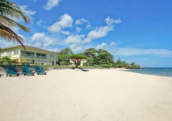 Spanish Cove at Runaway Bay, Jamaica - Beachfront, Pool, Ideal For Families Or 3 Couples - Image 1 - Runaway Bay - rentals