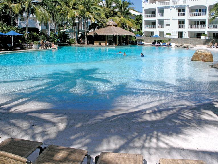 Lagoon style pool - Beach Club Palm Cove - The Boutique Collection - Palm Cove - rentals