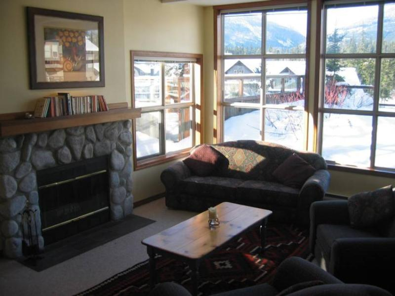 Living Area - Mike & Pam Orbach - Whistler - rentals
