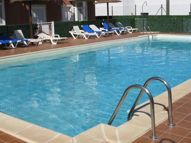 Pool - Spacious 2 bed Apartment - Free Wifi - Caleta de Fuste - rentals