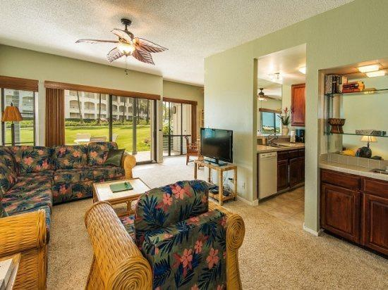 living room  - Free Car* with Poipu Sands 417 - 2 bedroom/2 bath, first floor unit only 100 yds from Shipwreck Beach - Poipu - rentals