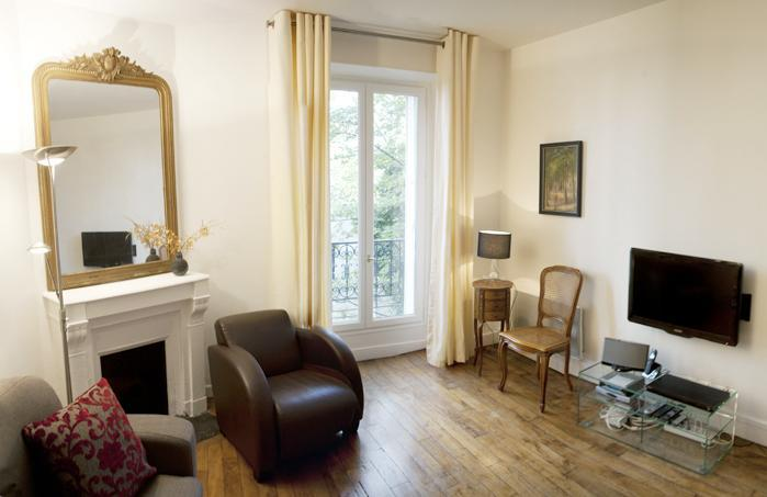 Serene Caulaincourt - Romantic Paris rental - Image 1 - Paris - rentals