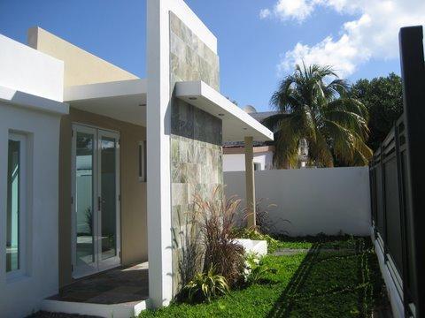 Exterior of the House - Modern Home By the Beach in San Juan, 3 bd/ 2 ba - San Juan - rentals