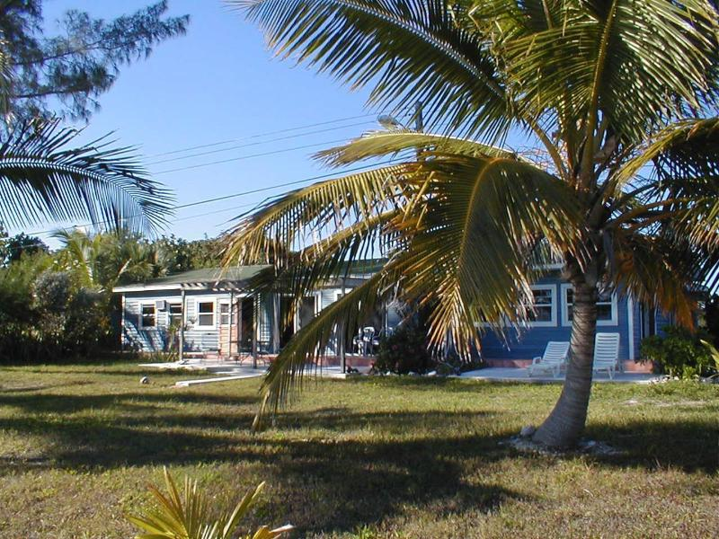 The Beach Cottage - Hideaway Bahamas Beach Cottage, oceanfront retreat. - Grand Bahama - rentals