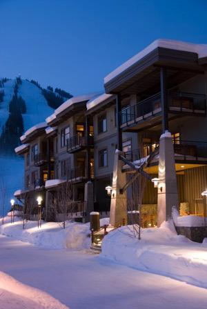 Slalom Creek right at the base of Red and Granite Mountains. - Red Mountain/Rossland 4-Season Condo - Rossland - rentals