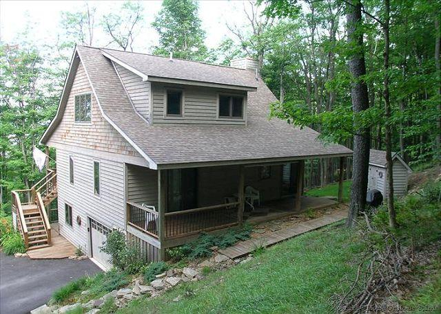 Spectacular mountain cottage offers comfort and seclusion. - Image 1 - Canaan Valley - rentals
