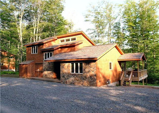 Maximize your vacation experience in this beautiful single mountain home. - Image 1 - Canaan Valley - rentals