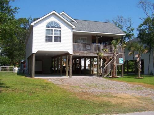 Sea-vu-Play 108 SE 56th Street - Image 1 - Oak Island - rentals