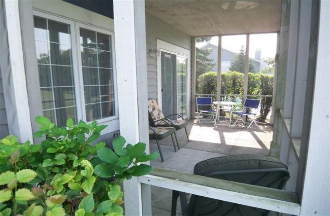 Screened porch - Beautiful Golf Front Condo w/screened in porch! - Lake Geneva - rentals