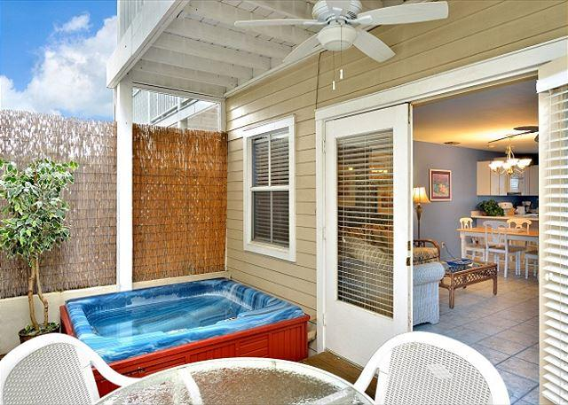 """SPA ON DUVAL @ DUVAL SQUARE"" Spacious Condo on Duval St w/ Pvt Hot & Parking - Image 1 - Key West - rentals"