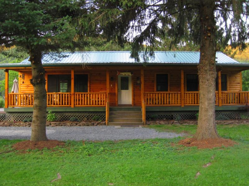 Red House River Cabin - The Red House River Cabin - Deposit - rentals