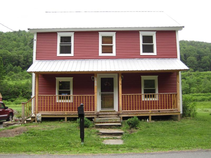Front of Red House - The Red House: A Beautiful Home with Trout Stream - Starlight - rentals