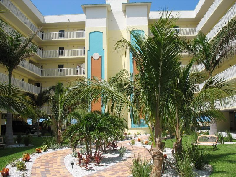 Courtyard - SUNSET VISTAS! Your Family's Beach Resort! - Treasure Island - rentals