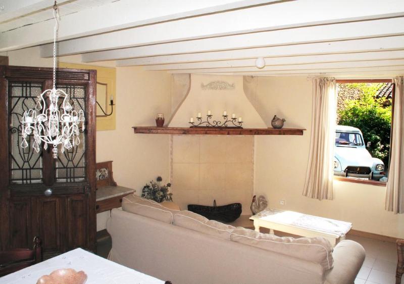 entrance / sitting room - Charming restored cottage village nr. Carcassonne - Alaigne - rentals