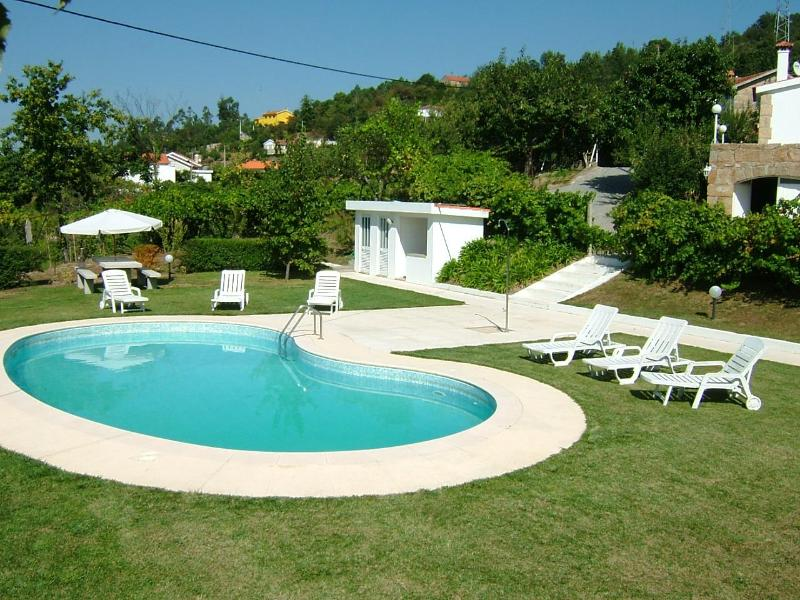 3 bdr Villa panoramic pool and AC in bedrooms - Image 1 - Cinfaes - rentals