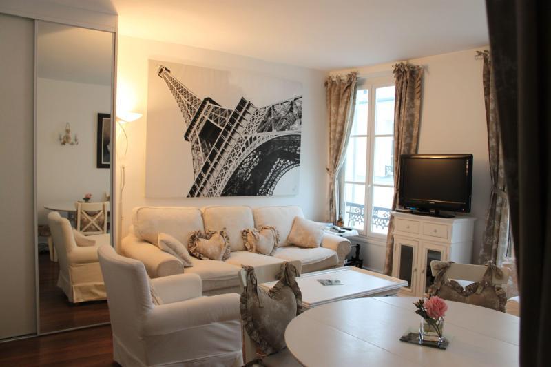 Living room general - Stylish  apartment in Paris near the Eiffel Tower - Paris - rentals