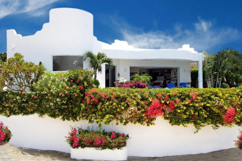 Villa Paloma Blanca - Beautiful Villa Paloma Blanca in San Jose Del Cabo - San Jose Del Cabo - rentals