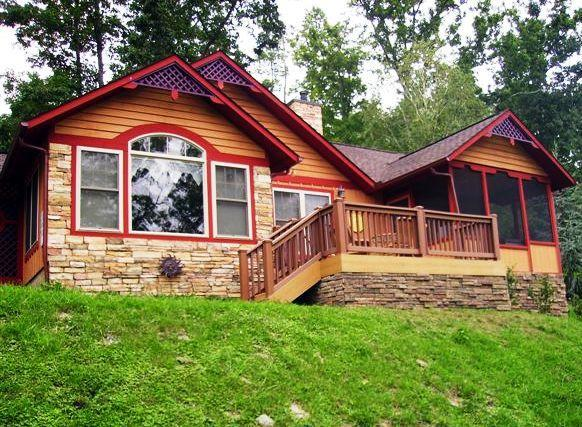Front deck of chalet at Sunset View - Sunset View / Romantic getaway in Smoky Mountains - Pigeon Forge - rentals