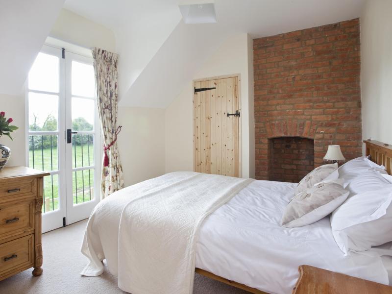 double bedroom - Farm Cottage - Oxford - rentals
