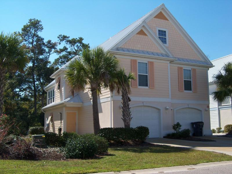 Front Of Home/Driveway, Parking for up to 5 vehicles - 2BR RATES ARE POSTED, ASK FOR RATES ON 3 OR 5 BR - Surfside Beach - rentals