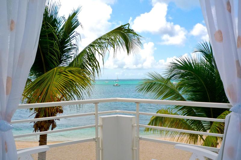 Seeview - Charming Studio right on the beach in Marigot - Marigot - rentals