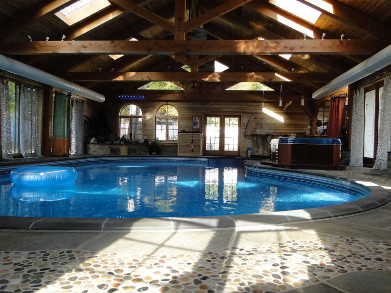 indoor pool and spa - Aspects Inn & Spa --A Sensual Retreat in Woodstock - Woodstock - rentals