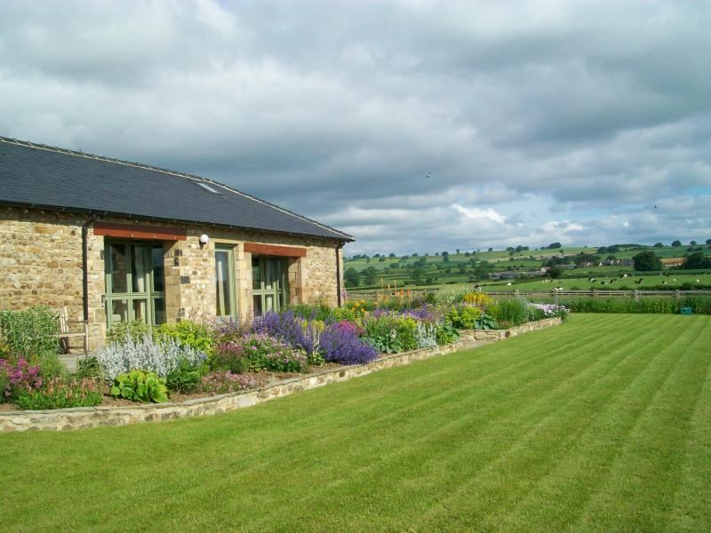 In the large & secure garden - Diamond Hill Farm - Arrathorne - rentals