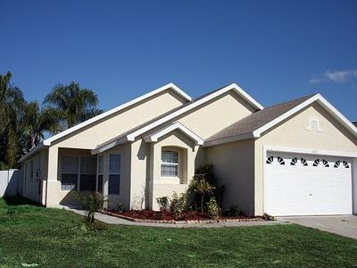 Pet friendly 5 Bedroom Disney Vacation Home near Golf Club - Image 1 - Kissimmee - rentals