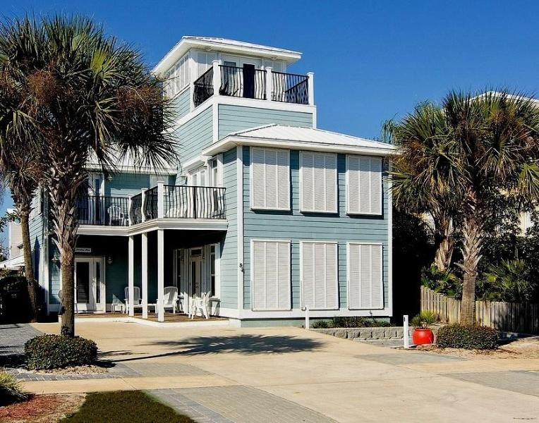Sterling Stay Beach House awaits you. - Sterling Stay Beach House~Guest House~Privt. Pool - Destin - rentals