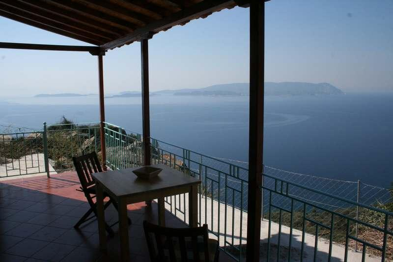Balcony and view - Clifftop Cottage, fabulous views Skopelos island - Glossa - rentals