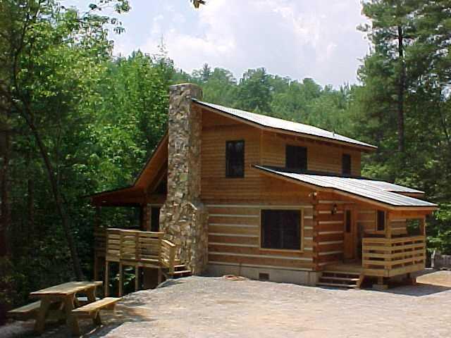 Bear Creek Cabin - Secluded Log Cabin Overlooking Creek - Near Boone/Creek Cabin/WiFi/Hot Tub/Spring Special - Boone - rentals