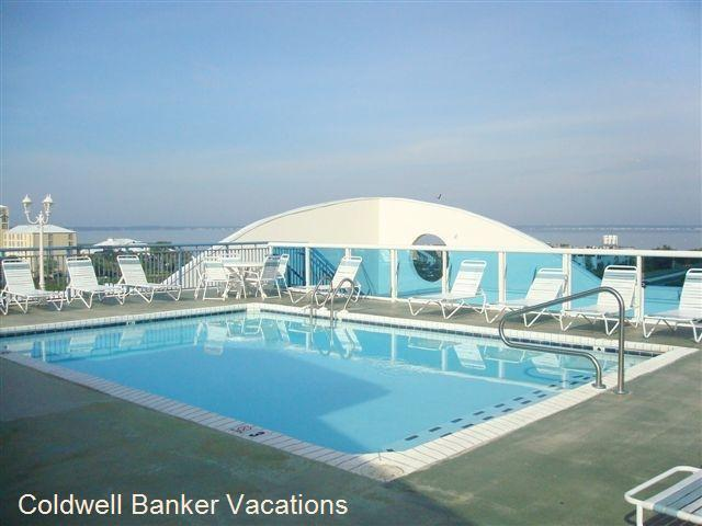 Sunset Pointe Pool - Close to the golf and the Beach   Luxury Condo with Pool on the Roof - No Senior Week Rentals Allowed - Ocean City - rentals