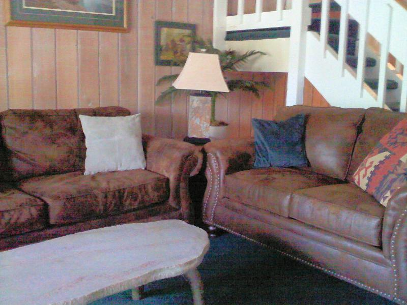 Warm, Soft and Cozy Ultrasuede Couch and Love Seat - Ski & Vacation Resort Condo  Walk to Eagle Express - Mammoth Lakes - rentals