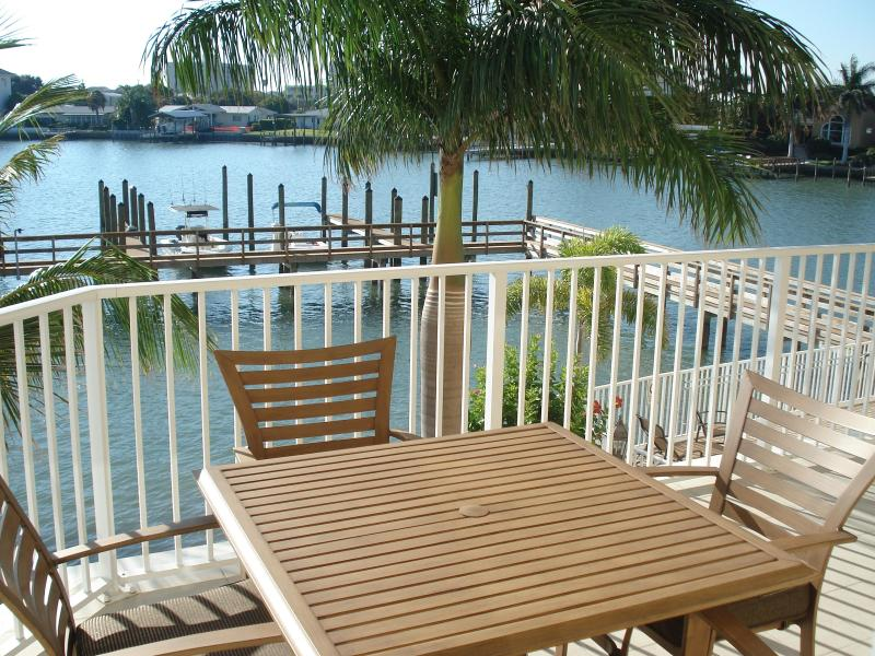 Large balcony overlooking intercoastal - Clearwater Beach 3-bedroom Waterfront Luxury Condo - Clearwater - rentals