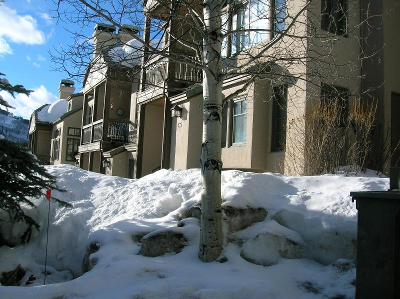 view of unit from outside - Meadows ski in Beaver Creek townhome - Beaver Creek - rentals